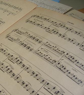 File:Sheetmusic.jpg
