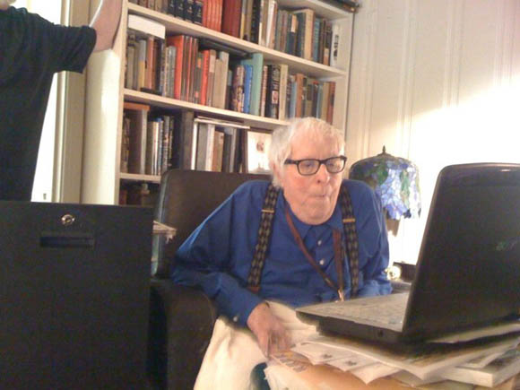 File:Ray-bradbury-watches-fuck-me-ray-bradbury.jpg