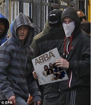 File:Abba riot.png