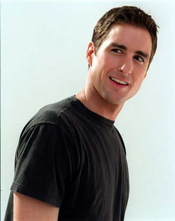 File:LukeWilson.jpg