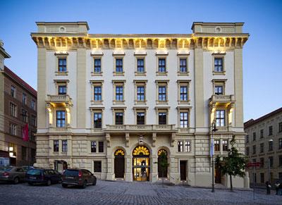 File:Hotel Majestic.jpg