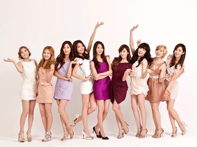 File:Girls Generation 2012.jpg