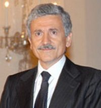 File:Massimo D'Alema 1.jpg