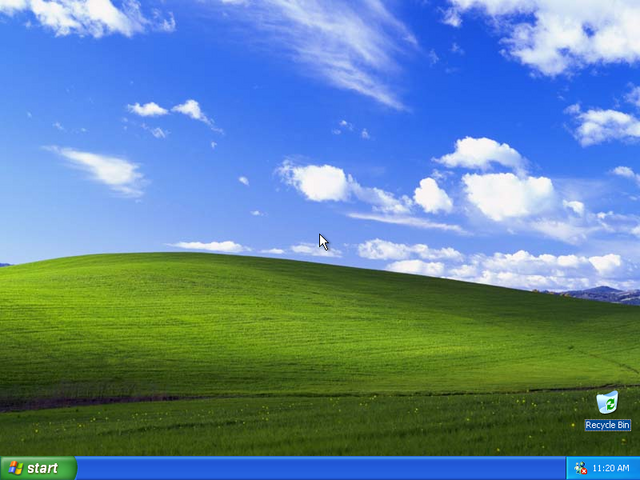 File:WinXPProDesktop.png