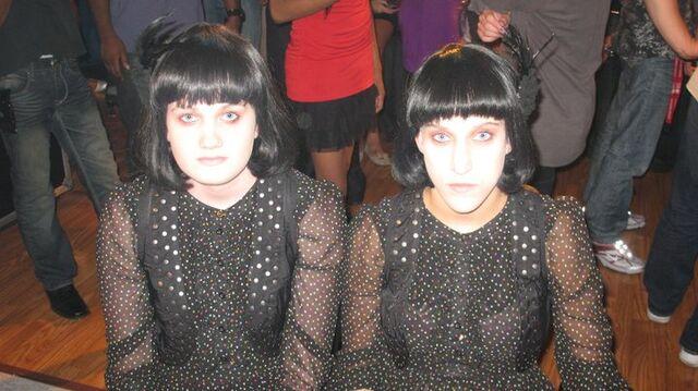 File:Wingin It The Listern Sisters.jpg
