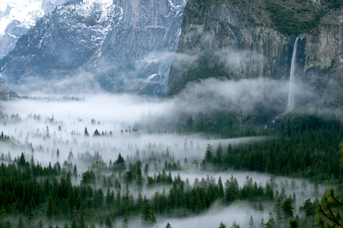 File:Foggy valley2.jpg
