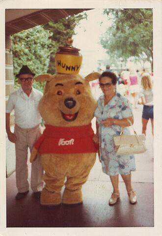 File:Saba and Savta with Winnie the Pooh.jpg