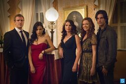 Jenna-dewan-tatum-witches-of-east-end-set-promo-shoot-cast-lr