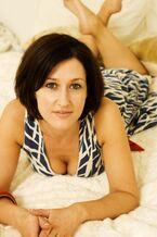 Angela-Lonsdale-Feet-710273