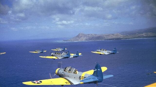 File:TBD Color Flight Deck.jpg