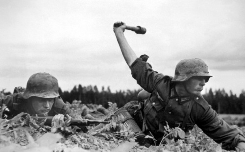 File:German soldier throws grenade from cover, Operation Barbarossa 1941.jpg