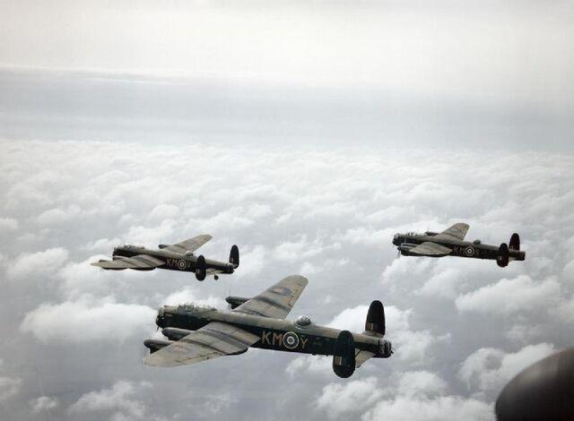 File:Avro Lancaster 2.jpg