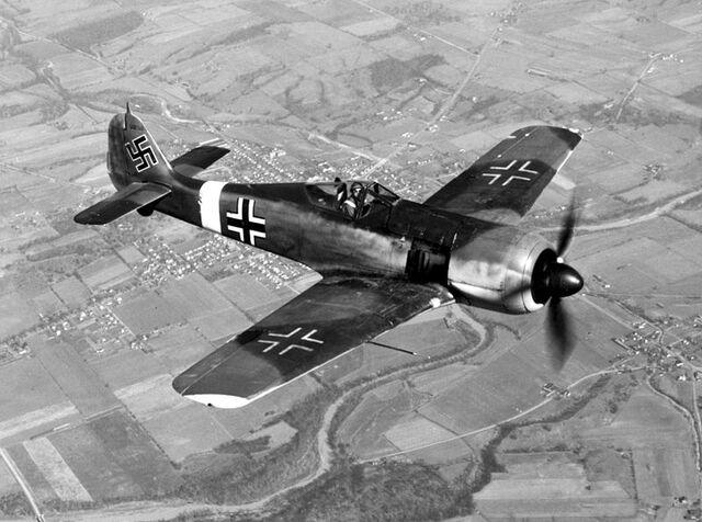 File:Focke Wulf Fw 190.jpg