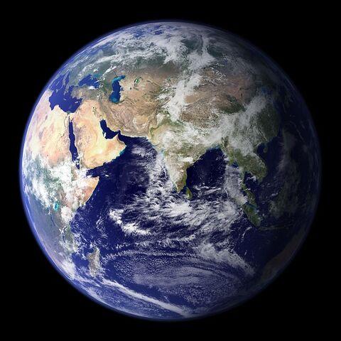 File:Earth-11008 640.jpg