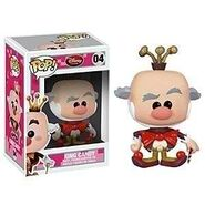 Pop-king-candy-vinyl-figure-by-funko-wreck-it-ralph