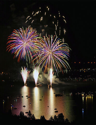 File:Fireworks, 4th of July, Lake Tahoe..jpg