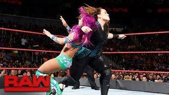 Sasha Banks vs. Nia Jax- Raw, June 19, 2017