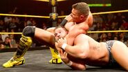 Tyson Kidd grappling Wilder
