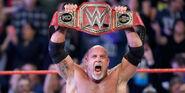 Goldberg-wins-WWE-Universal-title