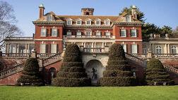 Ridgewell Manor