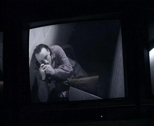 File:Luther Lee Boggs phones Fox Mulder.jpg