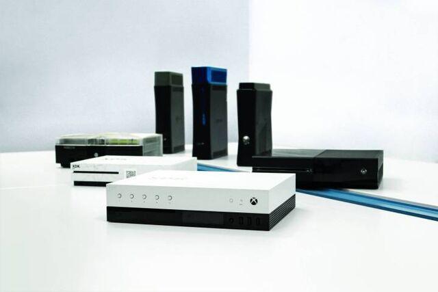 File:Microsoft-xbox-project-scorpio-dev-kit.jpg