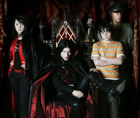 File:Young Dracula 3.jpg