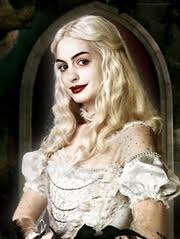 File:Anne Hathaway as The White Queen.jpg