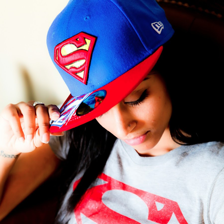 IISuperwomanII | Wikitubia | Fandom powered by Wikia