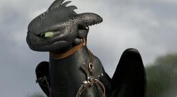 How-to-train-your-dragon-2-movie-trailer-agitated-toothless