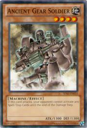 AncientGearSoldier-SD10-EN-C-UE
