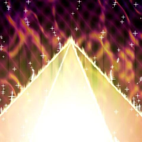 File:PyramidofLight-TF04-JP-VG.jpg