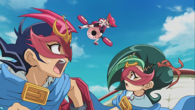 File:Yuma and Tori disguised as D.D. ESPer Star Robin.png