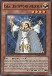 LylaLightswornSorceress-SDDC-EN-C-1E