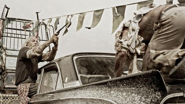File:Zombie Road 019.jpg