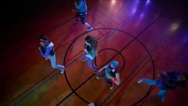 File:Zoey Stevens' dance squad (6).jpg