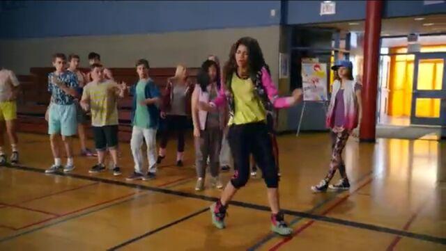 File:Zoey Stevens dancing in PE hall.jpg