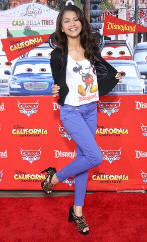 File:Grand Opening Cars Land Disneyland Resort xDJCz8L1qPOl.jpg