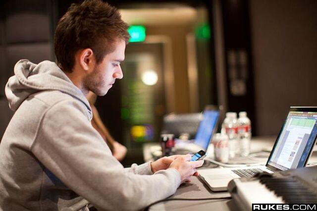 File:Zedd in 2012 (5).jpg