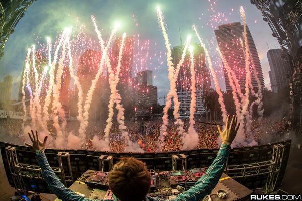 File:Zedd performing at Ultra Music Festival 2014.jpg