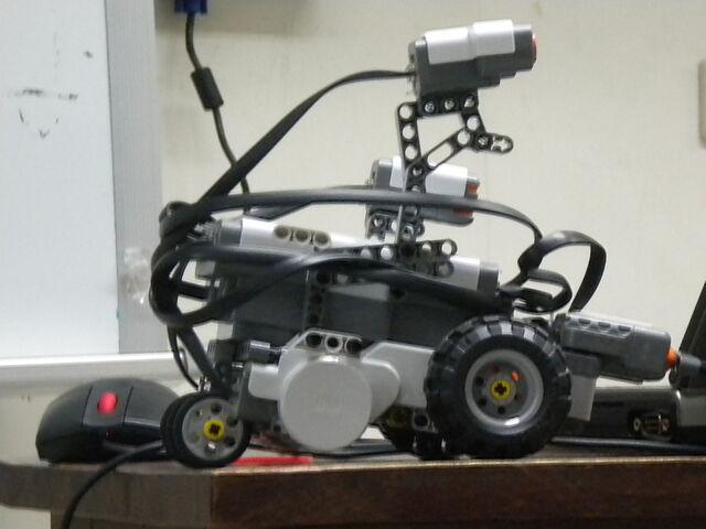 檔案:樂高機器遙控車.JPG