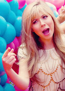 Jennette McCurdy-7