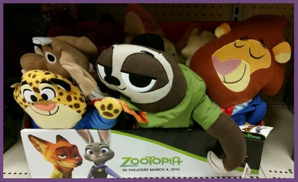 File:Zootopia flat plushes Lionheart Flash Clawhauser.jpg